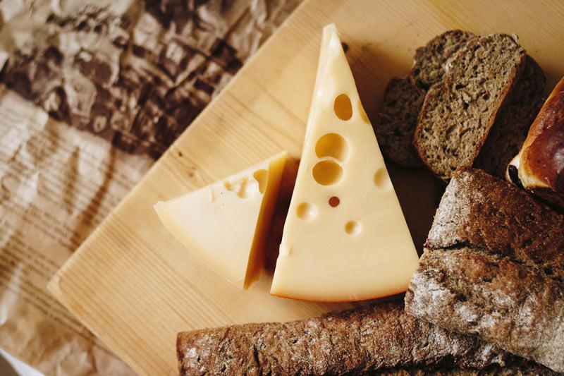 Gli Inglesi chiamati a consumare il proprio formaggio